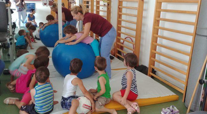 Djeca u posjeti domu zdravlja